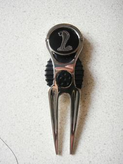 1 ONLY COBRA SNAKE GOLF BALL MARKER & GOLF DIVOT TOOL VERY C